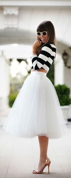 white skirt outfit 3 - 10 white skirt summer looks you can wear every day