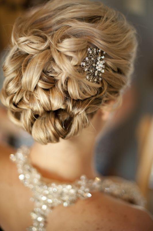 6-wedding-hairstyles-blondes
