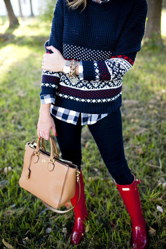 5 stylish cozy christmas sweater outfits year3 - 5 stylish and cozy Christmas sweater outfits to try this year