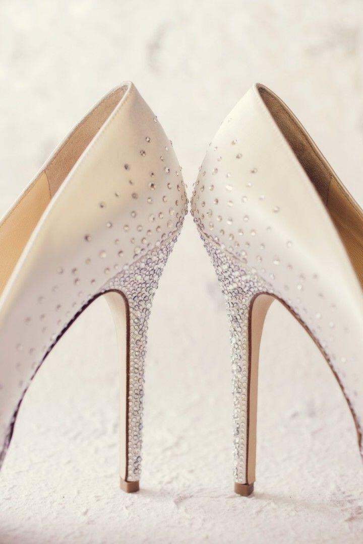 6 stylish bridal shoes bride2 - 6 stylish bridal shoes for every bride