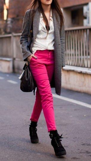 Hot pink pants apologise