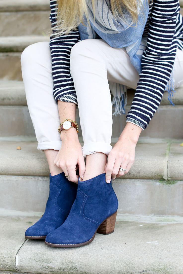 wear fashionable suede booties4 - How to wear the fashionable suede booties