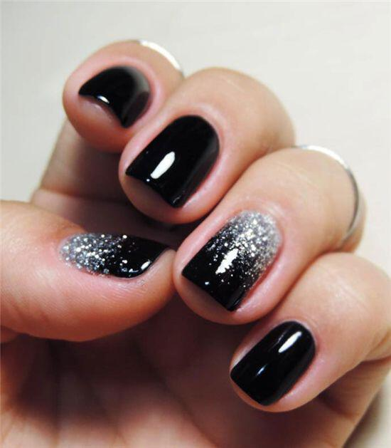 6 amazing christmas manicures year 3 - 6 amazing Christmas manicures to try this year