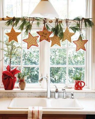 decorate-curtains-christmas-style