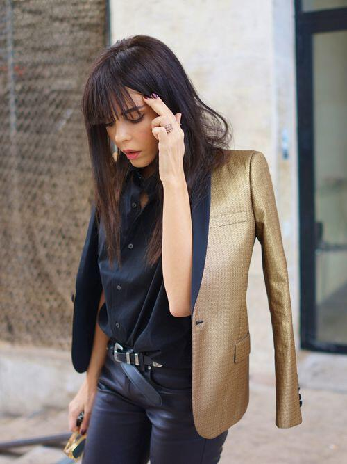 5-fashionable-outfits-metallic-blazer