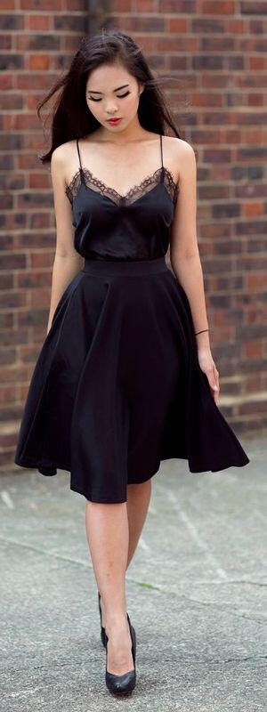 wear-romantic-lace-dresses-style
