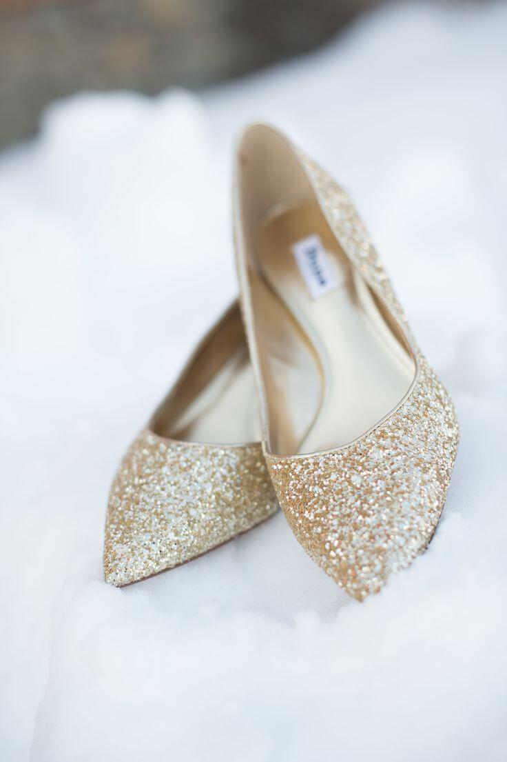 6-elegant-suggestions-for-winter-wedding-shoes