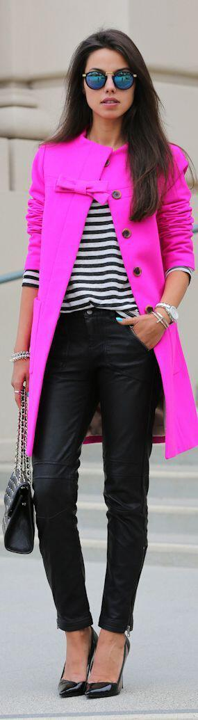6-stylish-ways-combine-striped-shirt-leather-pants