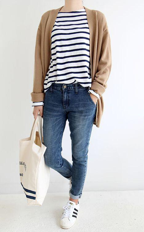 6 ways combine jeans marinieres 2 - 6 stylish ways to wear stripes this spring