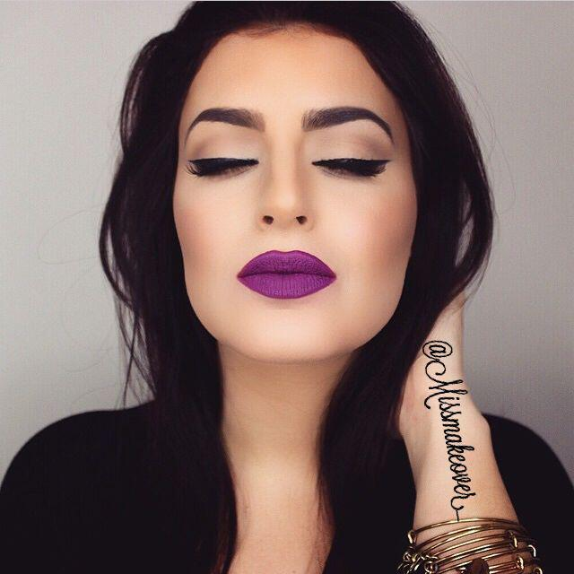 create-winter-makeup-purple-lipstick