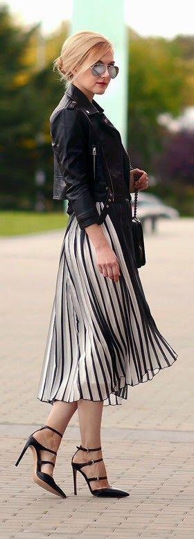 style outfits pleated skirt 3 - Style up your outfits with a pleated skirt
