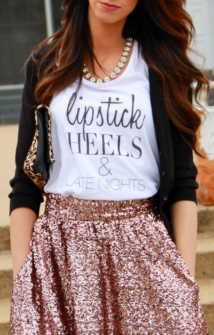 stylishly combine sequin skirt t shirts 1 - How to stylishly combine a sequin skirt with t-shirts