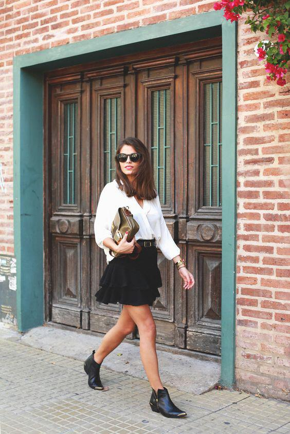 b75ba9b8e0 6 outfit ideas with flat leather booties that are stylish and comfortabe