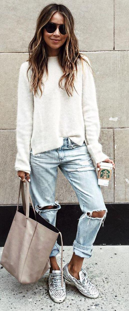 25 stylish winter outfits with boyfriend jeans and sweaters 9 - Πως να φορέσεις boyfriend jeans με πουλόβερ το χειμώνα - 8 outfit ideas