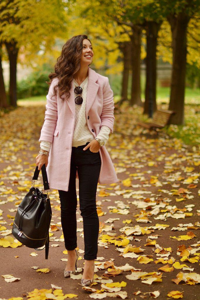 9 sweet winter outfits with a pink coat that you can totally copy - 9 sweet winter outfits with a pink coat that you can totally copy