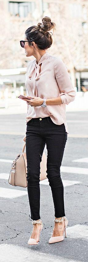 11 classy spring outfits with a pastel blouse 4 - 11 classy spring outfits with a pastel blouse