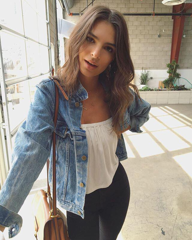 11 Lovely Spring Outfits With A Denim Jacket Page 2 Of 11