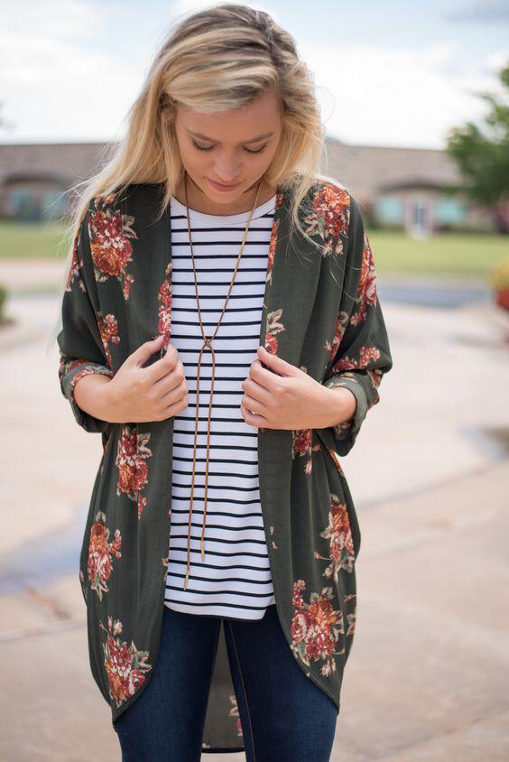 14 beautiful spring outfits with a striped top 1 - 14 beautiful spring outfits with a striped top