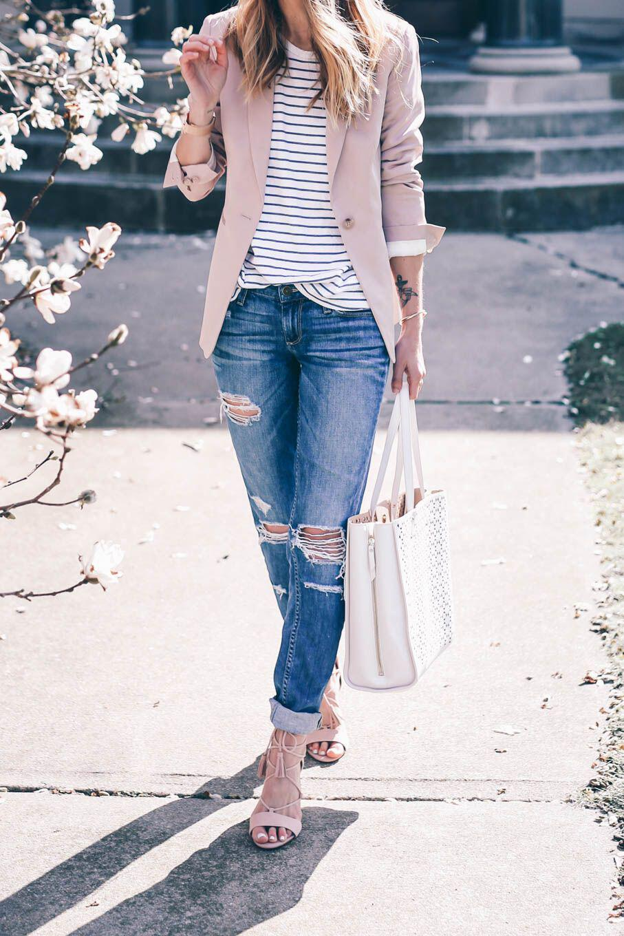 14 beautiful spring outfits with a striped top 12 - 14 beautiful spring outfits with a striped top