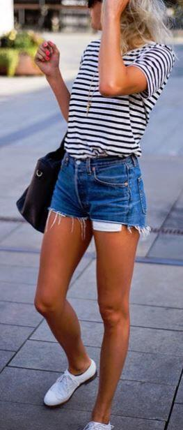 14 beautiful spring outfits with a striped top 9 - 14 beautiful spring outfits with a striped top