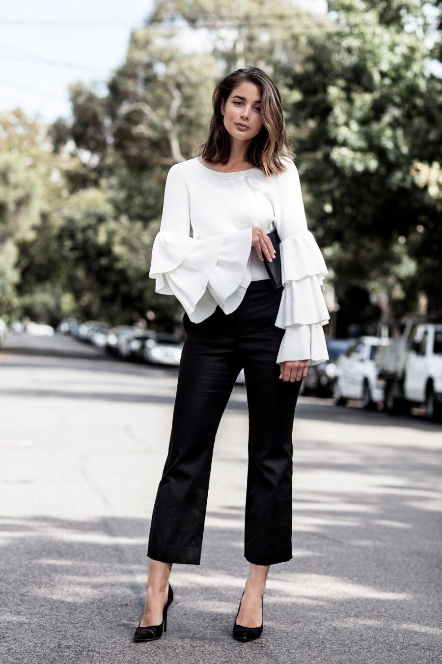 12 perfect ways to wear bell sleeve tops that will update your wardrobe 4 - 12 perfect ways to wear bell sleeve tops that will update your wardrobe