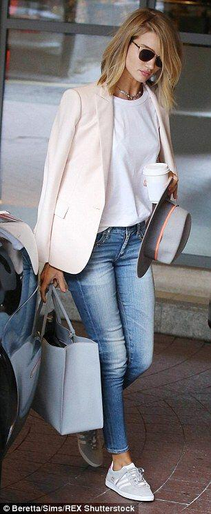 15 blush blazer spring outfits you need to try 13 - 15 blush blazer spring outfits you need to try