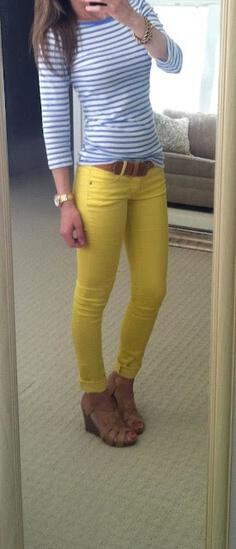 19 outfit ideas to wear your yellow jeans this spring 14 - 19 outfit ideas to wear your yellow jeans this spring