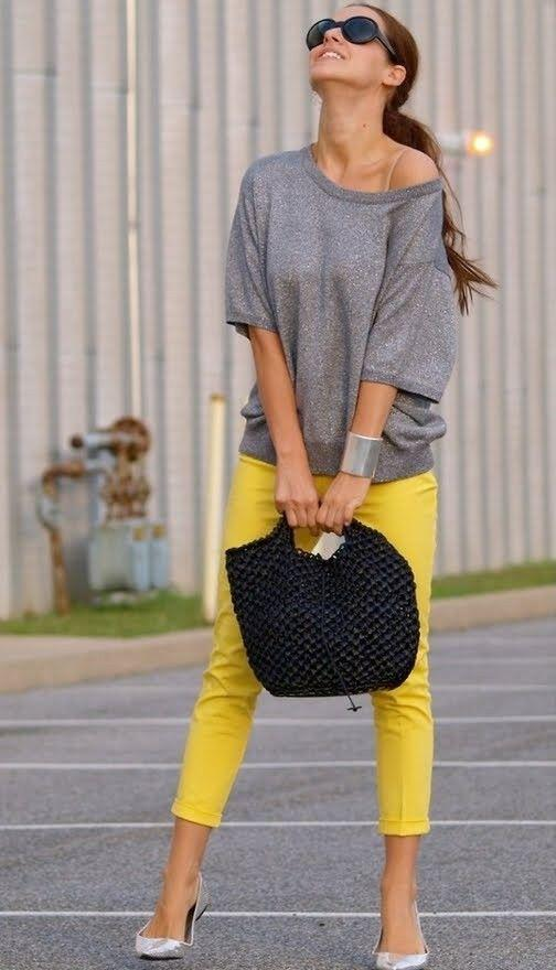 19 outfit ideas to wear your yellow jeans this spring 3 - 19 outfit ideas to wear your yellow jeans this spring