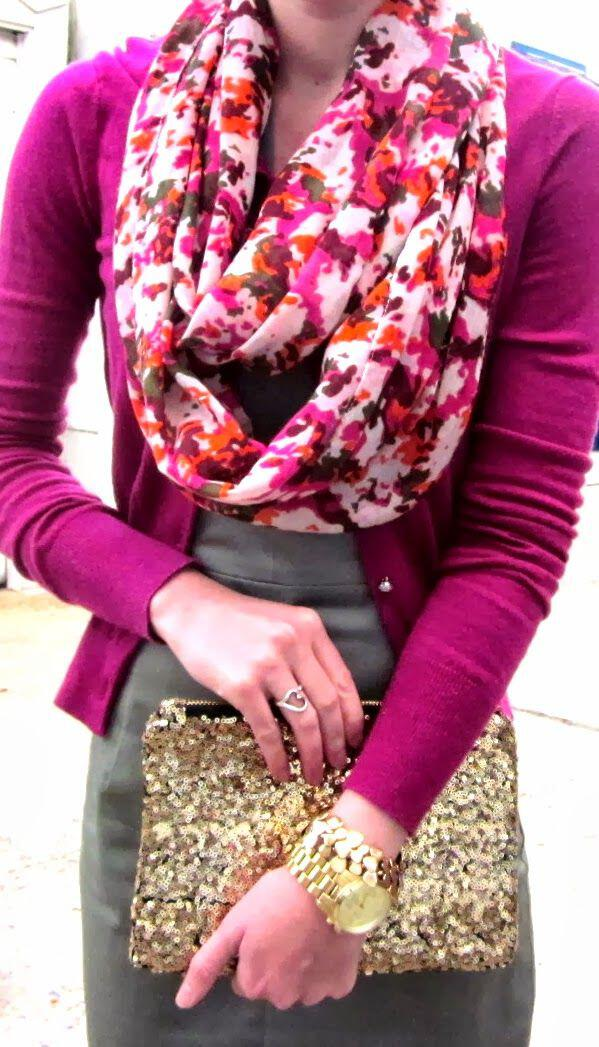 9 feminine spring outfits with a floral scarf 7 - 9 feminine spring outfits with a floral scarf