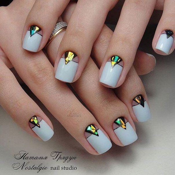 geometric nailart 15 designs 14 - Geometric nailart 15 best designs to copy