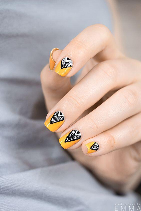 geometric nailart 15 designs 8 - Geometric nailart 15 best designs to copy