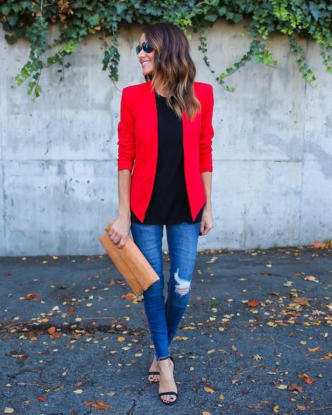 11 inspiring ways to wear your red blazer right now 4 - 11 inspiring ways to wear your red blazer right now