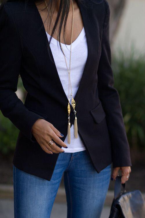 14 ideas to wear your black blazer in spring outfits 3 - 14 ideas to wear your black blazer in spring outfits
