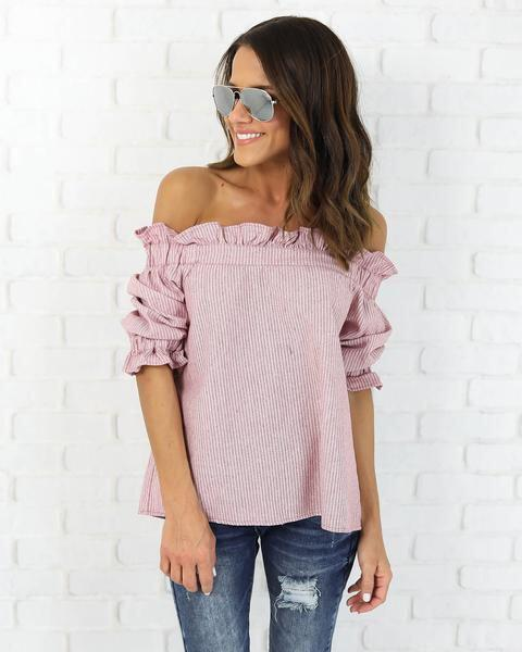 14 lovely ways to wear striped off the shoulder tops in spring 5 - 14 lovely ways to wear striped off the shoulder tops in spring