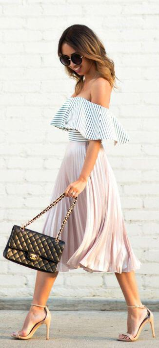 14 lovely ways to wear striped off the shoulder tops in spring 9 - 14 lovely ways to wear striped off the shoulder tops in spring