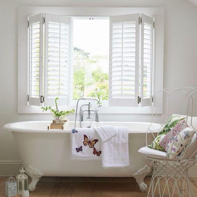 8 spring bathroom decor ideas for your home for Spring bathrooms