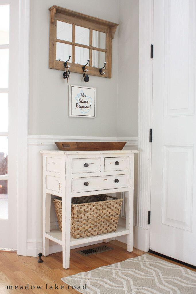 12 small entryway decor ideas you can copy - Page 4 of 11 ...