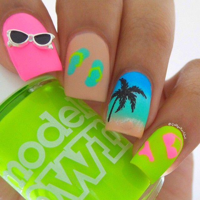 15 beautiful neon summer nails that will get you ready for the beach 3 - 15 beautiful neon summer nails that will get you ready for the beach