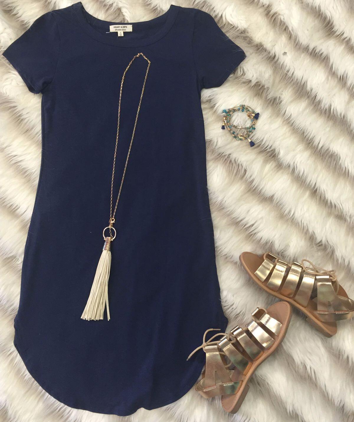 15 ways to wear a navy dress outfit and what accessories to choose 11 - 15 ways to wear a navy dress outfit and what accessories to choose