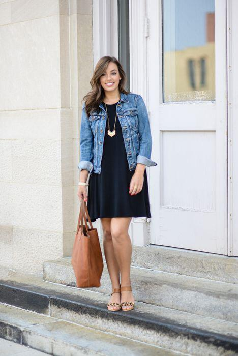 ac3691ec0271 15 ways to wear a navy dress outfit and what accessories to choose ...