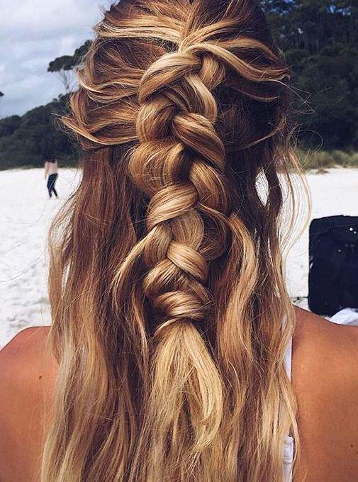 15 gorgeous and easy beach hairstyles to rock this summer 6 - 15 Gorgeous and Easy Beach Hairstyles to rock this summer