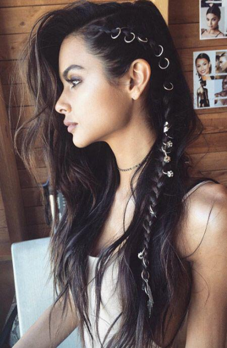 Gorgeous Easy Makeup Tutorials For Brown Eyes: 15 Gorgeous And Easy Beach Hairstyles To Rock This Summer