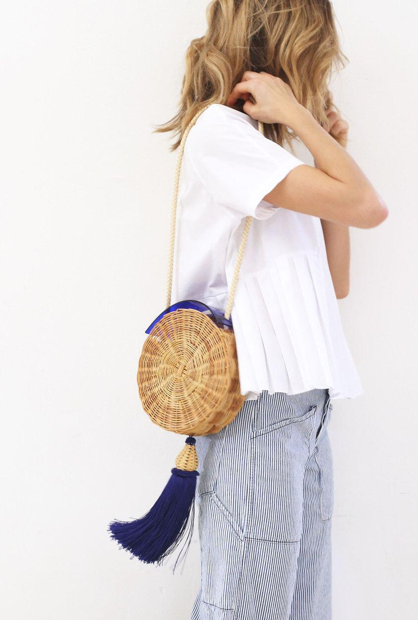 15 stylish woven bag outfits for the summer 10 - 15 stylish woven bag outfits for the summer