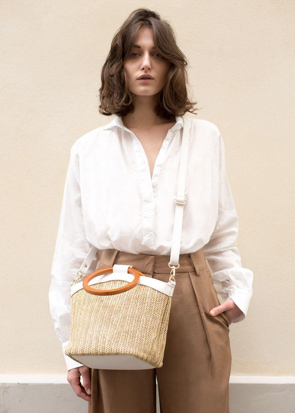 15 stylish woven bag outfits for the summer 14 - 15 stylish woven bag outfits for the summer