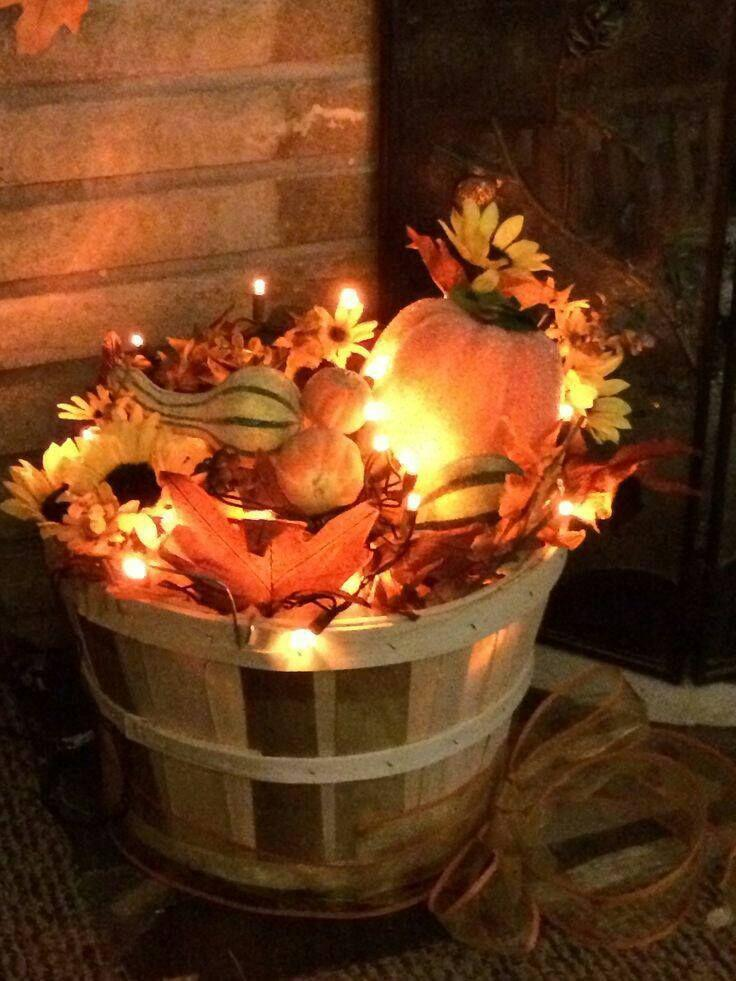 14 amazing fall porch decorating ideas 7 - 14 amazing fall porch decorating ideas