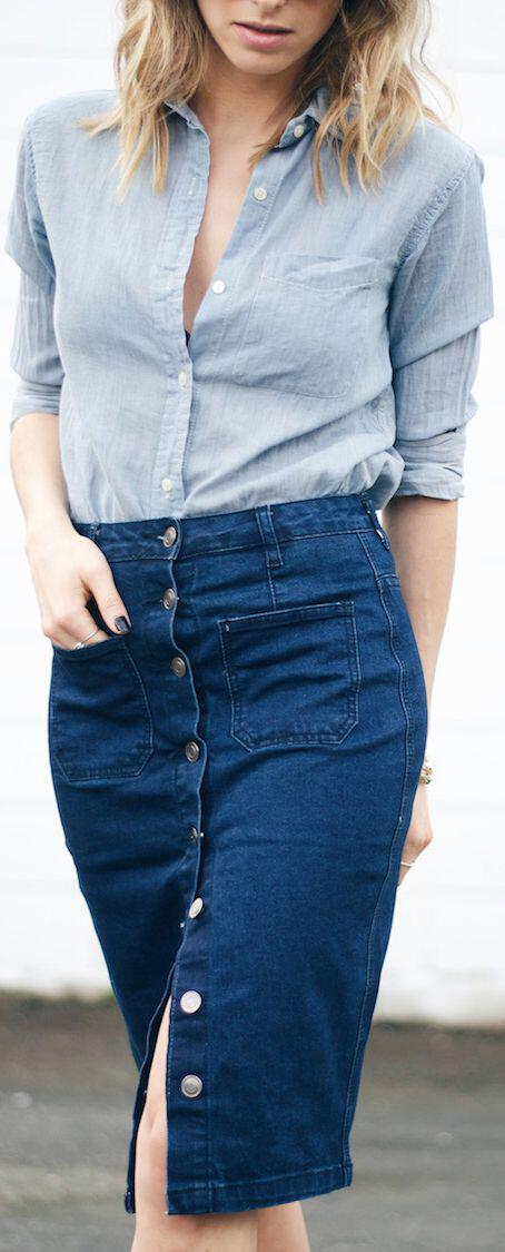 Outfit with Denim Skirt: More often than you might think the fashion trends from the past make a huge come back whether we like them or not! However, the cool thing about this recurrence is that we get to see these pieces in non-cringeworthy ways and some of them actually make us fall in love with.