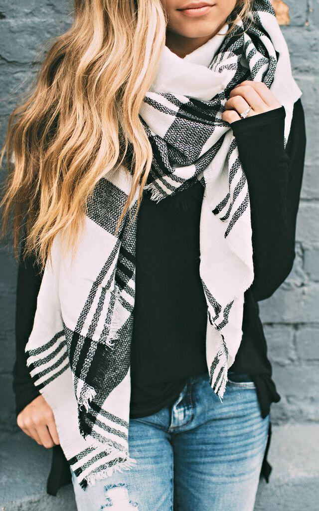 93ca381ad24b 15 cute plaid blanket scarf outfits for fall - Page 15 of 15 ...