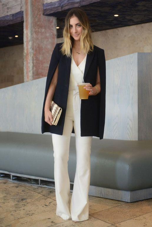 how to wear a cape outfit this fall 15 looks you can copy 11 - How to wear a cape outfit this fall -15 looks you can copy