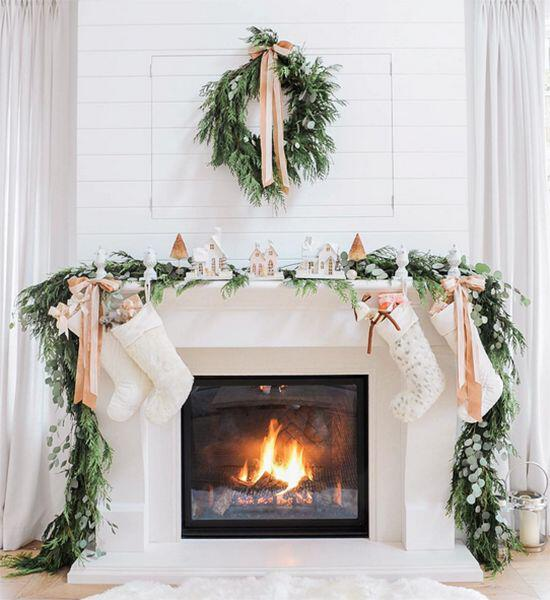 Christmas Fireplace Part - 45: Stylishwomenoutfits.com