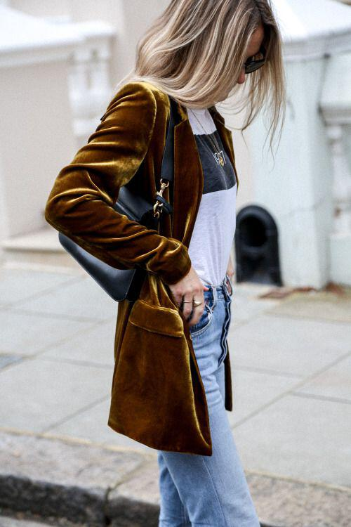 how to wear velvet outfits this fall 4 - How to wear velvet outfits this fall